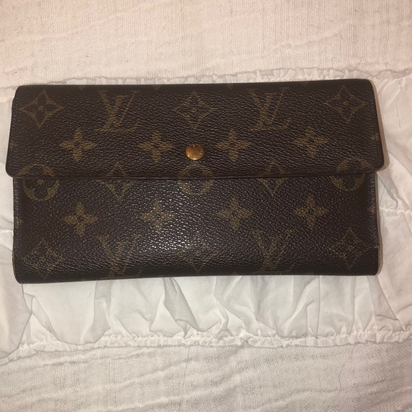 Louis Vuitton Handbags - Louis Vuitton long wallet
